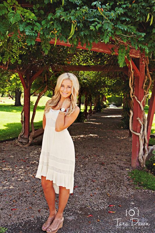 Utah_graduate_senior_photographer-a