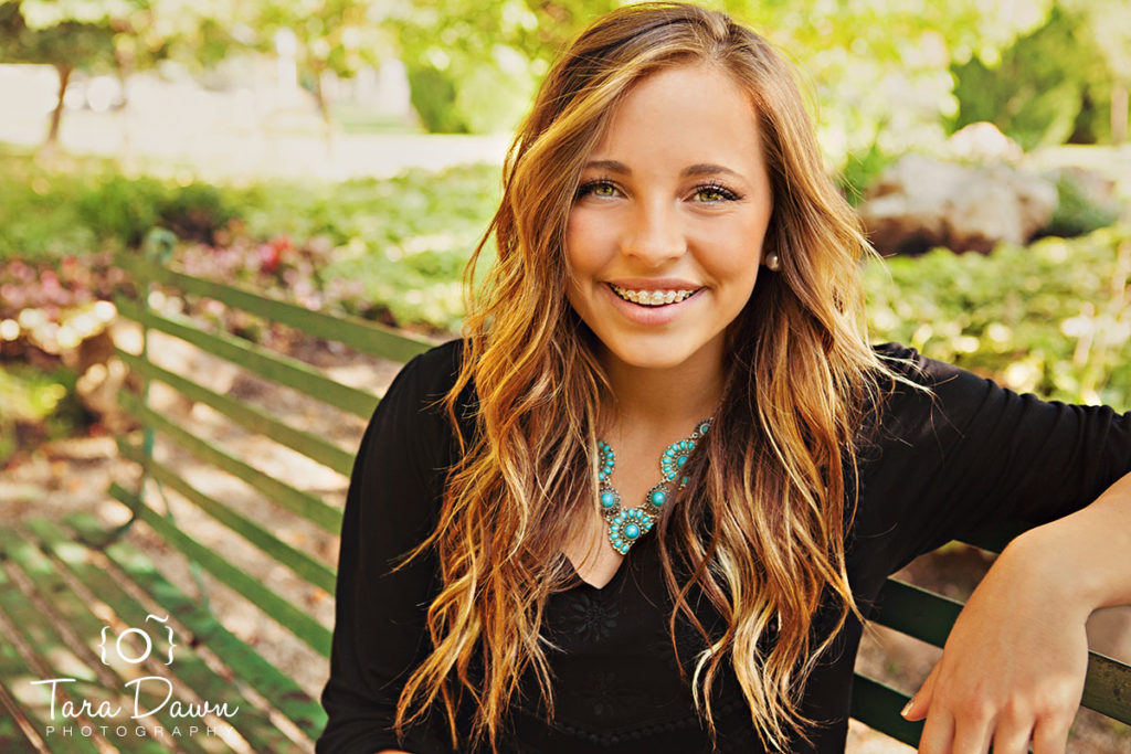 Utah_graduate_senior_photographer-h